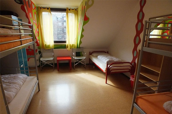 5 bed dorm - Potpourri